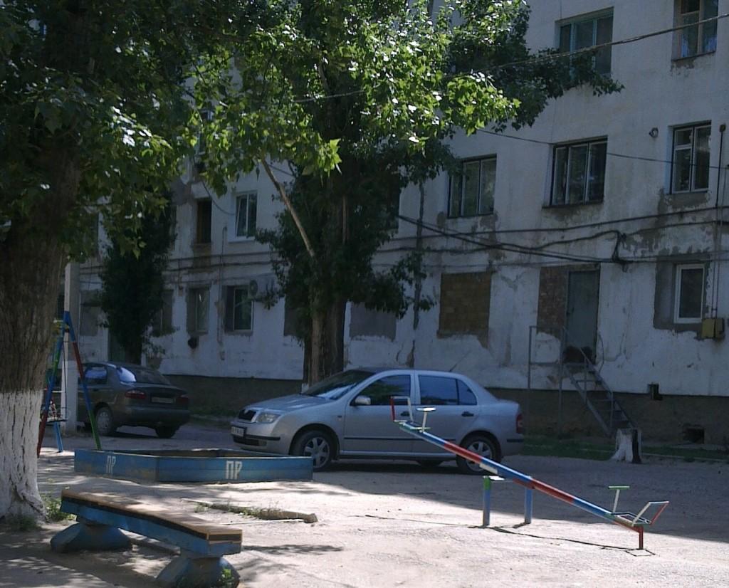 ломоносова7-9. 13.06.13. номер АК9198