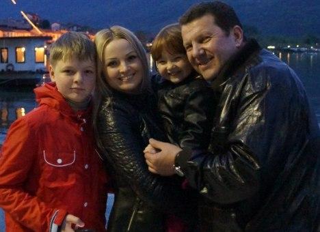 Новая семья Куницына