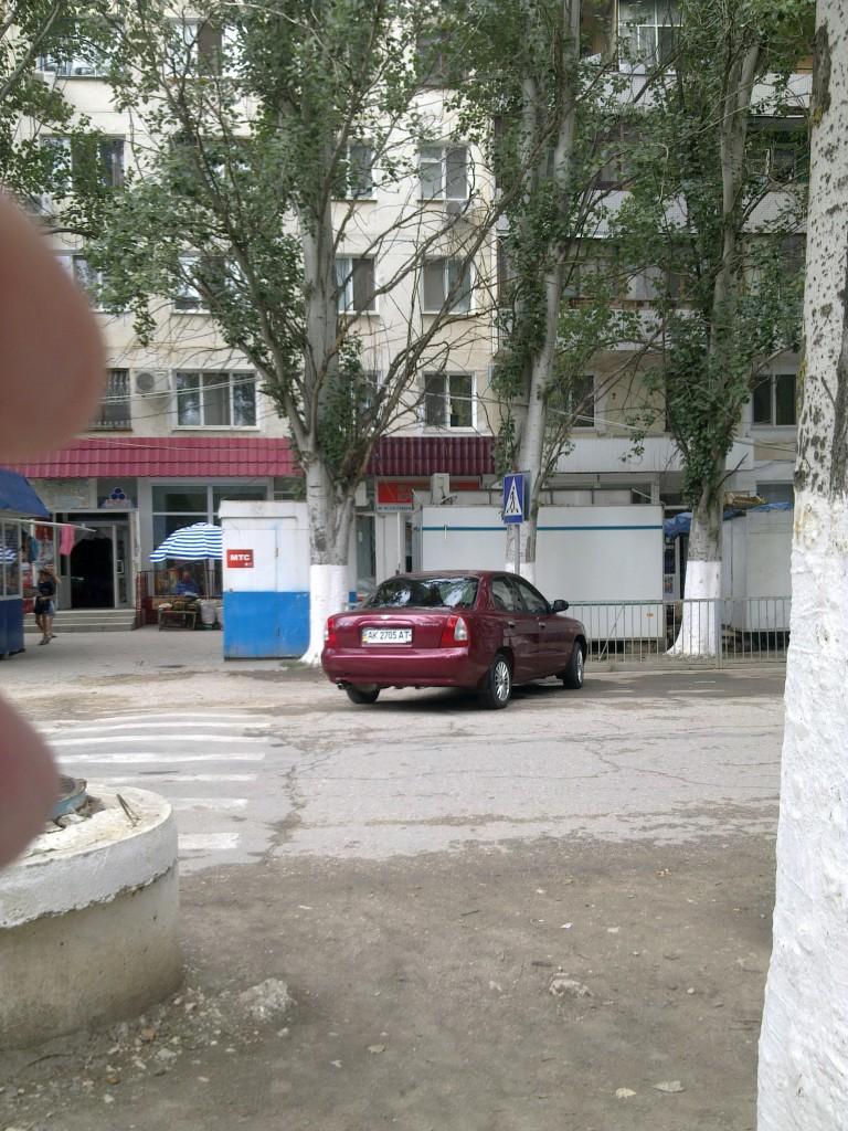 Парковка на зебре